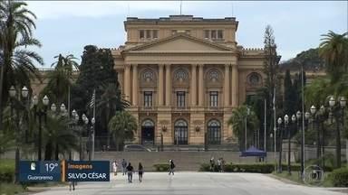 Justiça de SP manda governo reformar o centenário Museu do Ipiranga - A Justiça de São Paulo considerou que um patrimônio cultural do país - o Museu Ipiranga - está ameaçado. Por isso, concedeu liminar que obriga o governo do estado a adotar medidas de emergência, como a formação de uma brigada de incêndio.