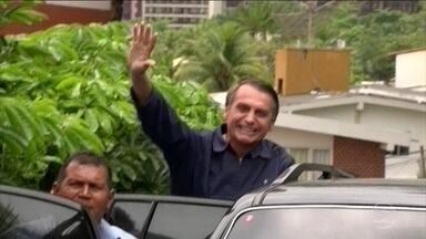 Bolsonaro confirma ida a Brasília para começar transição de governo - O presidente eleito passou a tarde numa base da marinha, no Rio