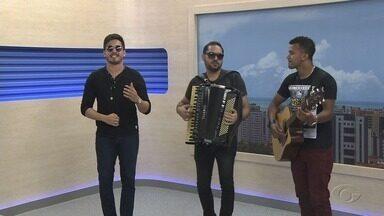 Cantor Orlandinho se apresenta em Maceió - Show acontece na noite de hoje.