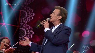 Agnaldo Rayol canta 'Se Todos Fossem Iguais a Você' - Convidados e plateia aplaudem de pé a performance do cantor