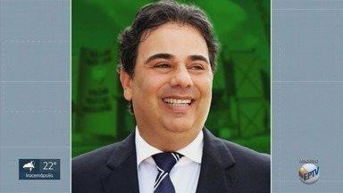 Prefeito e vice de Paulínia têm mandatos cassados pelo Tribunal Regional Eleitoral de SP - O presidente da Câmara, Du Cazelatto, assume o cargo.