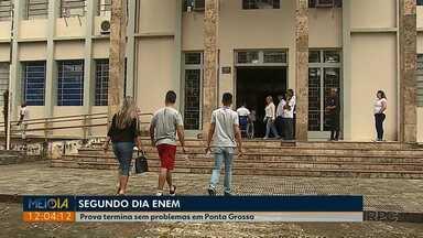 Segundo dia de provas do Enem foi tranquilo em Ponta Grossa - Quase 30% dos inscritos não fizeram a prova nesse domingo (11).