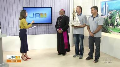 Imagem de Nossa Senhora de Nazaré passa pela TV Anhanguera durante Círio em Palmas - Imagem de Nossa Senhora de Nazaré passa pela TV Anhanguera durante Círio em Palmas