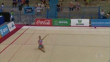 Pernambuco ganha medalha de ouro nos Jogos da Juventude na ginástica rítmica - Maria Isabel é pentacampeã pernambucana, mas nunca havia levado uma medalha na edição nacional dos Jogos