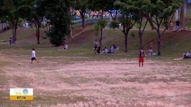 Feriado e calor fazem crescer o movimento em clubes e sorveterias - Verão ainda nem chegou e as temperaturas já estão altas no Oeste Paulista.