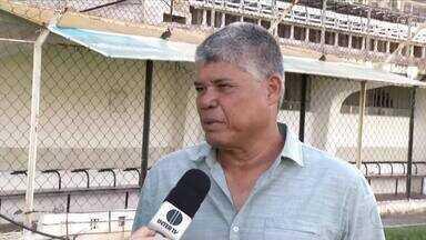 Novo técnico do Democrata é apresentado - Treinador afirma que elenco já está 80% formado, apesar de nenhum nome ter sido revelado; Pantera disputa do Módulo II do Mineiro a partir de fevereiro de 2019.
