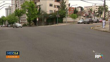 Trecho da Rua Deputado Mário de Barros vira mão única - A mudança começou hoje (20) cedo.