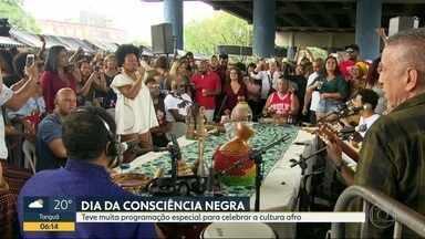 Dia da Consciência Negra teve programação especial - Festa começou logo cedo, em vários pontos do Rio.