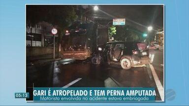 Gari atropelado tem perna amputada. Motorista estava embriagada, segundo a polícia - Gari atropelado tem perna amputada. Motorista estava embriagada, segundo a polícia