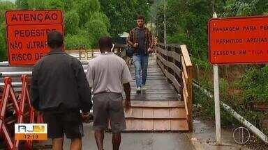 Moradores da Serra Macaense enfrentam dificuldades para chegar a alguns distritos - Assista a seguir.
