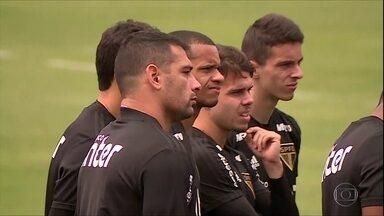 Diego Souza volta aos treinos e pode reforçar São Paulo contra Sport - Diego Souza volta aos treinos e pode reforçar São Paulo contra Sport