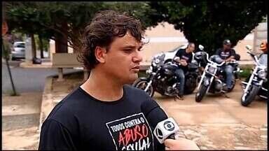 Araxá recebe carreata do projeto 'Todos contra o abuso sexual infanto-juvenil' - Ação é realizada neste sábado (24). Ao vivo, organizador Juliano Rezende fala sobre os detalhes do evento.