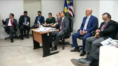 Desembargadores participam de audiência pública em Caxias - Audiência que contou ainda com a participação de advogados e seguimentos da comunidade ouviram propostas para melhorar os serviços prestados pelo Tribunal de Justiça.