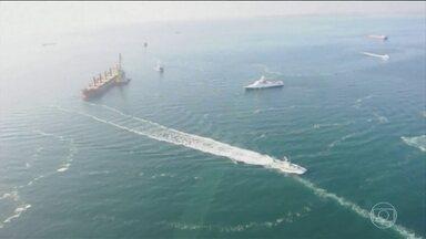 Ucrânica aprova lei marcial depois da Rússica capturar três navios do país - Ucrânia pede novas sanções contra a Rússia