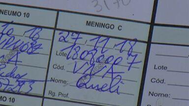 Falta de vacina contra meningite C preocupa pais de Mogi das Cruzes - Muitas famílias estão fazendo mutirão em busca das doses nos postos de saúde de Mogi.