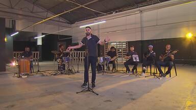 Mará do Pandeiro busca inspiração na Velha Guarda da Portela para suas canções - Mará do Pandeiro é um dos destaques do Globo Horizonte deste domingo, que homenageia o Dia Nacional do Samba.