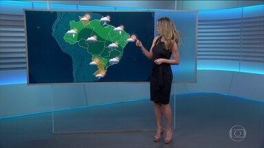 Veja a previsão do tempo para domingo (2) no Brasil - Em boa parte do Norte, Centro-Oeste e do Sudeste, o sol aparece, mas a chuva vem principalmente à tarde.