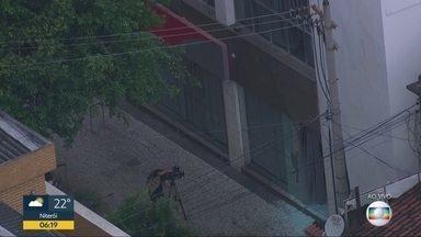 Bandidos explodem banco em Bonsucesso - Agência foi roubada durante a madrugada.