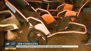 Cadeiras adaptadas para banho de deficientes na 'prainha' são abandonadas em Miguelópolis - Moradores reclamam de descaso e da falta de acessibilidade na praia artificial.