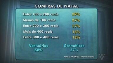 Comércio da região começa a aquecer para o Natal - Lojas já estão ficando abertas até mais tarde e expectativa é de crescimento nas vendas.