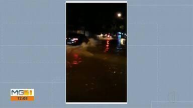 Chuva forte provoca alagamentos em Governador Valadares - Vídeos nas redes sociais registraram os pontos mais críticos.