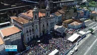 Sábado de fé, devoção e agradecimentos à Nossa Senhora da Conceição - A festa popular acontece todos os anos no bairro do Comércio.
