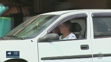 No primeiro ano de nova lei, Guarda Municipal aplica 13 mil multas em Piracicaba - Principais infrações são falta de cinto de segurança e avanço de sinal vermelho.