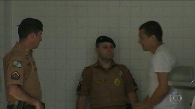 Justiça deve ouvir o acusado de matar a mulher e jogar o corpo da sacada do apartamento - Luiz Felipe Manvailler está preso há 4 meses.