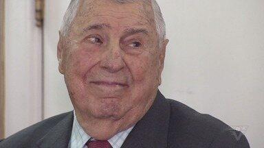 Português Joaquim da Rocha Brites é homenageado na Prefeitura de Santos - Homenagem foi reconhecimento pelo trabalho desenvolvido na cidade.