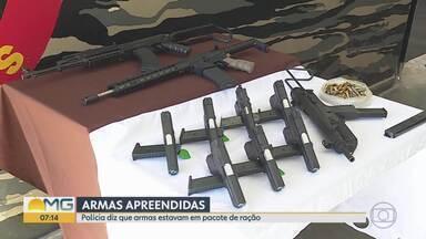Polícia Militar apreende fuzis e pistolas de uso restrito em mata, perto da BR-040, na Gra - Segundo a corporação, foram apreendidos um fuzil AK47, dois 556 e sete pistolas.