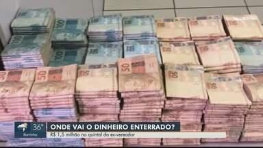 Dinheiro é apreendido no quintal da casa de ex-vereador em Igarapava, SP - Cerca de R$ 1,5 milhão ficarão depositados em juízo até a sentença do caso.