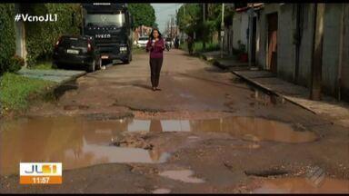 Moradores do Distrito Industrial, em Ananindeua, reclamam das péssimas condições das vias - Motoristas de ônibus não querem mais passar pela rua