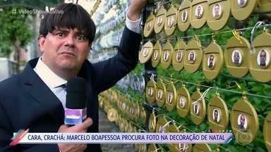 Decoração dos Estúdios Globo é feita com fotos dos funcionários - Marcelo Boapessoa pede ajuda a Luciano Huck para conseguir encontrar sua bolinha de natal