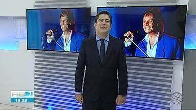 TV Asa Branca exibe especial de Fim de Ano em praça de Caruaru - Programa mostra show de Roberto Carlos.