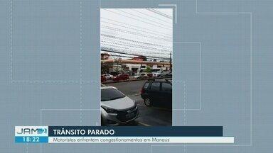 Falta de ônibus deixa trânsito congestionado em Manaus - Frota parou de circular por conta de greve dos rodoviários por atraso em pagamento.
