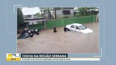Noite de Natal tem alerta de temporal em vários pontos do RJ - Na Região Serrana, pode chove entre 20 e 30 milímetros por hora.
