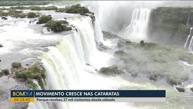 Parque Nacional do Iguaçu recebeu 27 mil visitantes desde sábado - Muita gente visitou as Cataratas pela primeira vez. Até o final de janeiro devem ser cerca de 350 mil pessoas.