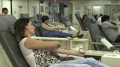 Hemocentros fazem campanha para doação de sangue - Nas festas de fim de ano é normal uma queda no número dos doadores