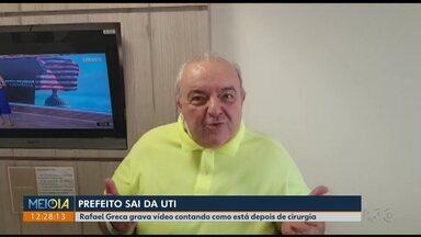 Greca sai da UTI, mas segue internado no Hospital Marcelino Champagnat - Ele postou fotos e vídeos nas redes sociais falando da saúde