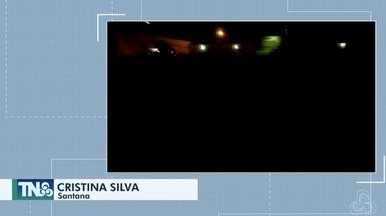 Tô na Rede: escuridão na Rodovia Salvador Diniz, no AP - Internauta registra pelo aplicativo da Rede Amazônica, relatando que está cada vez mais difícil de trafegar pela via, colocando motoristas, pedestres e moradores em risco.