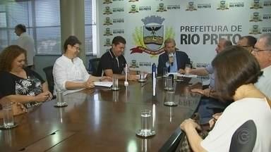 Prefeitura de Rio Preto convoca professores selecionados em concurso - A prefeitura de São José do Rio Preto (SP) convocou, nesta quinta-feira (3), 525 professores que prestaram o concurso para preencher vagas na Rede Municipal de Ensino.
