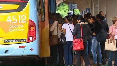 Prefeitura tenta reverter decisão que cancelou licitação do transporte coletivo - Contrato com as empresas de ônibus responsáveis pelo serviço em Londrina termina no dia 19 de janeiro.