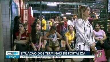 Grande Fortaleza tem 23 ataques criminosos e Sérgio Moro autoriza reforço federal - Passageiros de ônibus enfrentaram transtornos em paradas e terminais da capital cearense