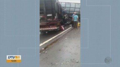 Acidente entre três caminhões deixa quatro mortos e um ferido na BR-354, em Campo Belo - Acidente entre três caminhões deixa quatro mortos e um ferido na BR-354, em Campo Belo