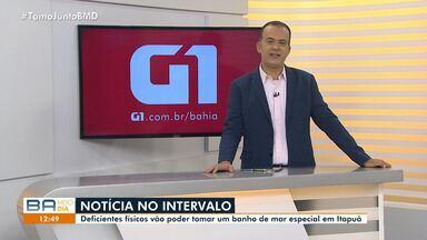 Deficientes físicos participam de banho de mar especial neste sábado (5), em Itapuã - Confira mais informações no g1.com.br/bahia.