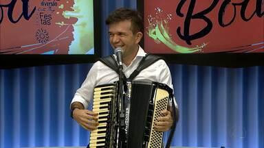 Waldonys se apresenta hoje em Ponta de Campina - Ele se apresenta junto com Zé Lezin, a partir das oito da noite.