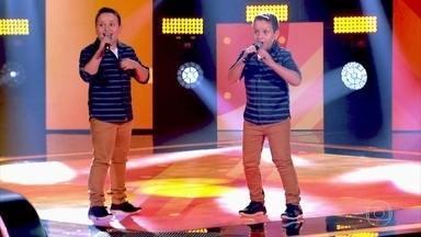 Lucas e Vinícius cantam 'Rapariga Não' - Confira a primeira dupla da nova temporada do The Voice Kids