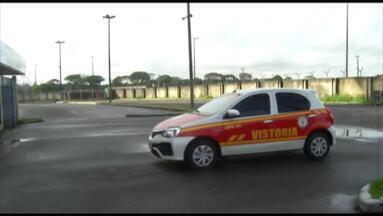 Corpo de Bombeiros realiza vistoria no Estádio Mangueirão - Sem a presença da imprensa, órgão avalia a situação do estádio após queda do reboco