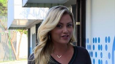 Ellen Rocche chegou abalando em 'Malhação - Vidas Brasileiras' - Atriz participa da novela como a mãe moderninha de Fabiana