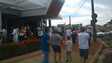 Princípio de incêndio faz pacientes e funcionários saírem às pressas de hospital - Ocorrência foi na unidade nova do Hospital do Coração, em Londrina. Nesta quinta-feira (10) a unidade segue sem atendimento espontâneo ao público.